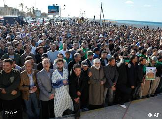 Mass of people in Tripoli