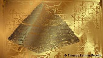 Symbolbild einer Pyramide mit Sklaven