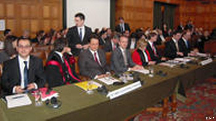 Anhörung zum Namensstreit zwischen Mazedonien und Griechenland vor Internationalem Gerichtshof in Den Haag (MIA)