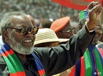 Presidente da Namíbia, Sam Nujoma