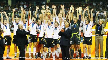 Deutschland Fußball Weltmeister 2007 Frauen Flash-Galerie (picture alliance / Pressefoto Ulmer)