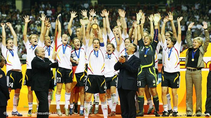 Germany's women celebrate winning a second straight World Cup
