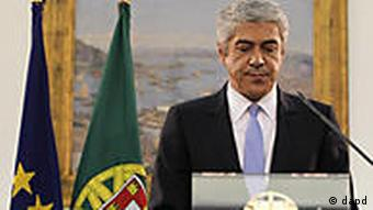 Portuguese Prime Minister Jose Socrates announces his resignation