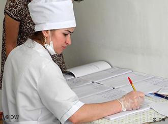 Регистрация пациентов в больнице, март 2011