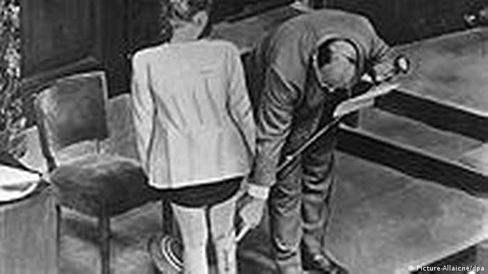 Nürnberger Ärzteprozeß - Opfer sagt aus
