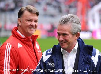 Jupp Heynckes će u idućoj sezoni trenirati Bayern, Louis van Gaal je - bivši trener