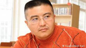 قوانچبگ قاری، روزنامهنگار و رئیس بخش رادیو آزادی در قزاقستان