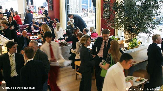 View of a busy Vapiano restaurant