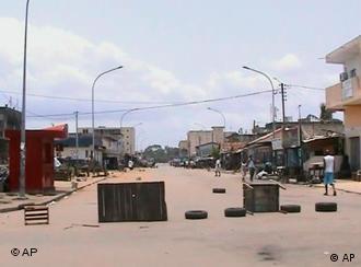 Barricades à Abidjan