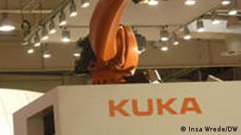 Robot ringan karya Kuka