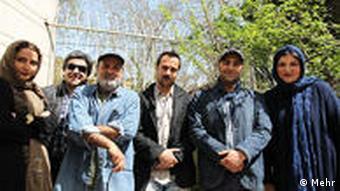 عکس دستهجمعی کارگردان و بازیکنان سریال پایتخت