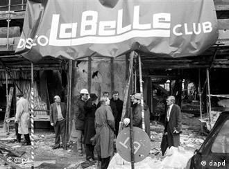 Frente destruido de la discoteca berlinesa La Belle.