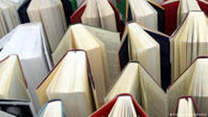 Symbolbild Bücher lesen