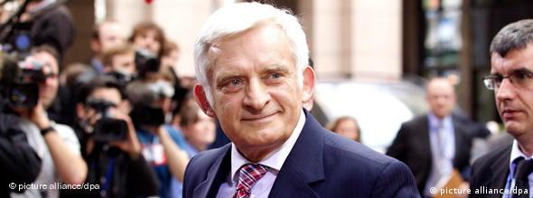 NO FLASH Jerzy Buzek