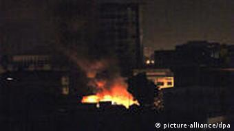 Nächtliche Gefechte in Abidjan (Foto: EPA)