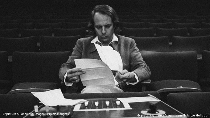Karlheinz Stockhausen in a 1970 photo in Cologne