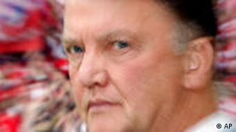 Munich's head coach Louis van Gaal is seen prior to the German first division Bundesliga soccer match between Borussia Dortmund and Bayern Munich in Dortmund, Germany, Saturday, Sept. 12, 2009. (AP Photo/Frank Augstein) ***Editors please note: German spelling of Munich is Muenchen*** ** NO MOBILE USE UNTIL 2 HOURS AFTER THE MATCH, WEBSITE USERS ARE OBLIGED TO COMPLY WITH DFL-RESTRICTIONS, SEE INSTRUCTIONS FOR DETAILS **