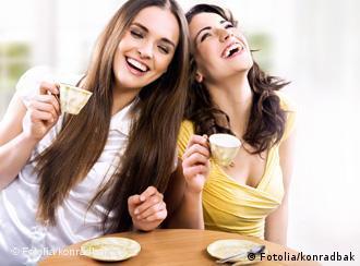 ہنستے رہنا زندہ دلی کی نشانی ہے