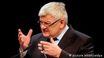 Бывший министр иностранных дел ФРГ Йошка Фишер