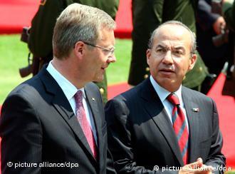 Christian Wulff é recebido no México por Felipe Calderón