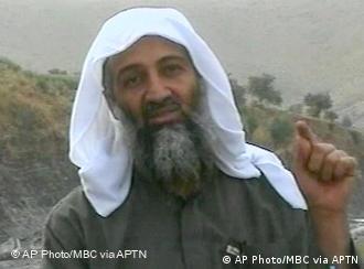 Terrorchef Bin Laden im Jahr 2002 (Foto: AP)
