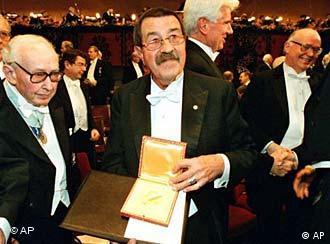 غونتر غراس، متسلما جائزة نوبل للأدب