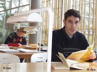 Foreign students will be able to stay and work in Germany