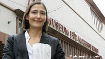 Curator Dr. Susanne Gaensheimer