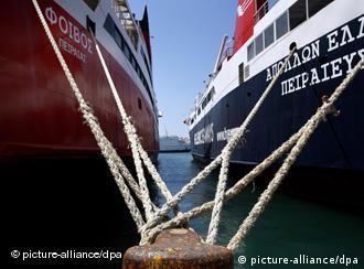 Корабли в греческом порту Пирей