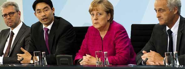 Kanclerz Angela Merkel ogłasza odejście od atomu w Niemczech. Maj 2011 roku