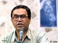 رضا علیجانی میگوید روند دموکراسیخواهی در ایران دوی ۱۰۰ متر نیست بلکه دوی استقامت است
