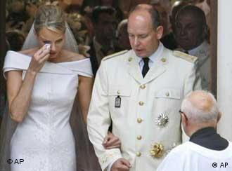 Charlene und Albert II. von Monaco (Foto: AP)