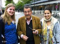 Günter Grass sa mladim novinarkama u Hamburgu