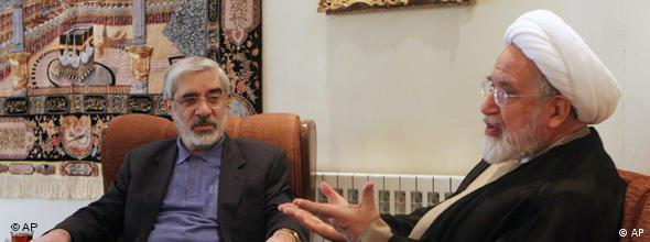 مخالفت رهبران مخالفان با طرح مبادله سوخت اتمی، این گمانه را تقویت کرد که روی کار آمدن مخالفان هم مساله هستهای ایران را حل نخواهد کرد