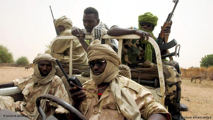 Darfur-Rebellen auf Patrouille im Süden Darfurs Flash-Galerie