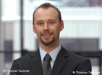 Von Stanford nach Aachen: Der Physiker Thomas Taubner erforscht neue Mikroskopieverfahren in der Nanooptik (Foto: Thomas Taubner)