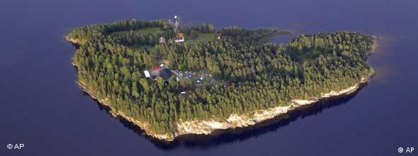 Norwegen / Insel Utoya / Utøya / Anschlag / NO FLASH
