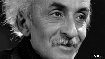 Nima Yushij, Poesie Iran
