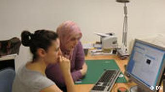 Proje danışmanı Handan Anapa (solda) ve Özlem Mani