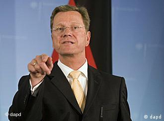 گیدو وستروله، وزیر خارجه آلمان از موضع همتای روس خود ابراز تأسف کرد