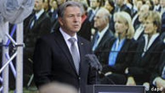 Berlin Mayor Klaus Wowereit makes a speech on the anniversary of the Berlin Wall