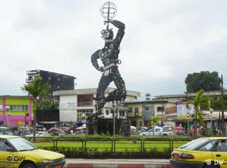 La Nouvelle Liberté - a sculpture by Cameroonian artist Joseph-Francis Sumégné