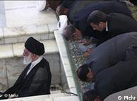 آیتالله علی خامنهای به عنوان پیشنماز عید فطر
