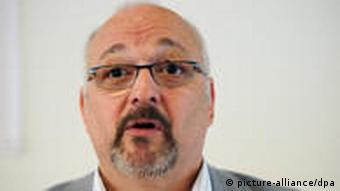 Aachener Friedenspreis 2011 Jürgen Grässlin Friedensaktivist(Foto: Picture-alliance/dpa)