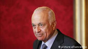 France, Paris. 27/07/11. Nabil Al-Arabi, Secretaire general de la Ligue Arabe est recu au Quai d Ordsay par le ministre des affaires etrangeres Francais. Nabil Al-Arabi, Secretary General of the Arab League is received at the Quai d Ordsay by the French Minister of Foreign Affairs.