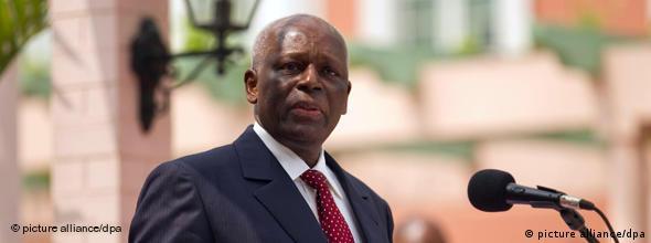 NO FLASH Angola Staatspräsident Jose Eduardo dos Santos