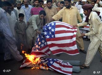 Demo anti Amerika di Pakistan