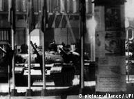 No centro de Berlim: tanques soviéticos avançavam