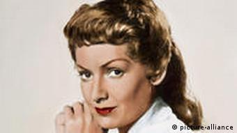 Ruth Leuwerik in dem Film Rosen im Herbst (1955)