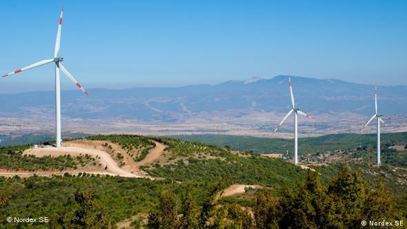 Windräder auf einem Hügel (Foto: Nordex SE)
